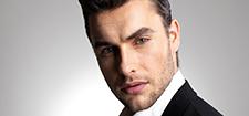 آرایشگاه مردانه جوان