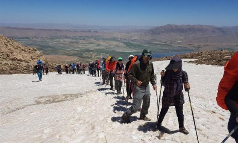 گروه کوهنوردی و گردشگری دنا اصفهان