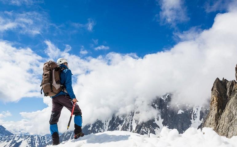 گروه کوهنوردی و گردشگری اسپادانا اصفهان