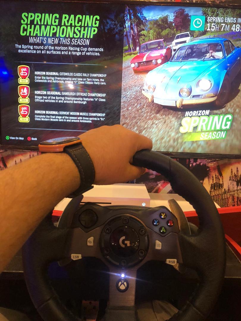 شبیه ساز رانندگی(یک ساعت)