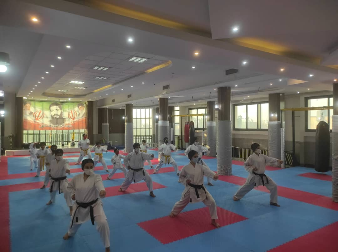 آموزش کاراته بانوان