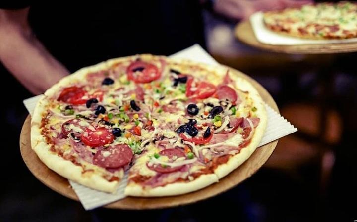 فست فود پیتزا پیتزا پلاس | شعبه رباط دوم